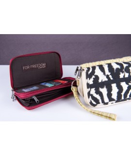 Anna Wallet: Zippered